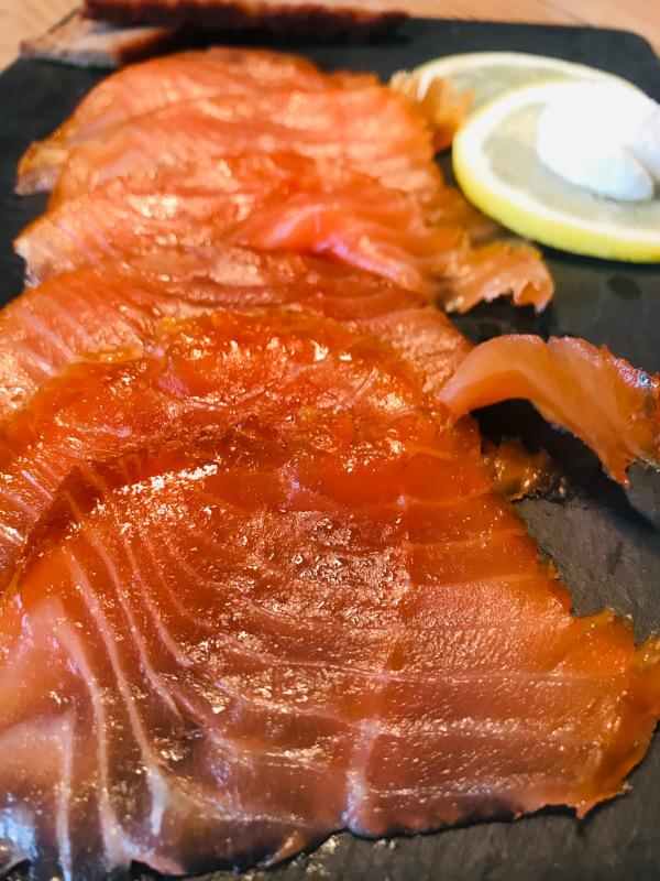 Smoked salmon, cold smoked, uncut