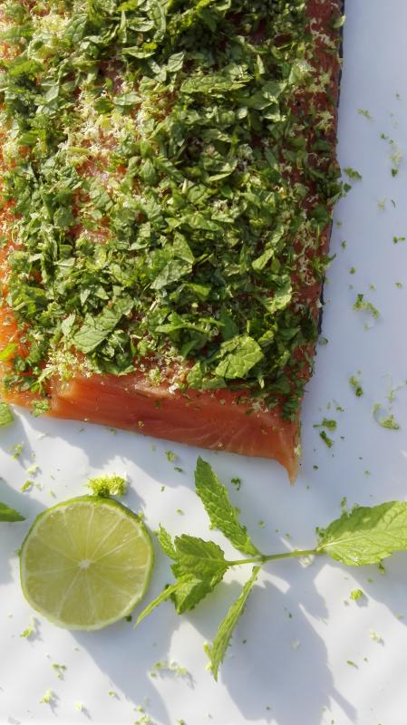 Salmon marinated with mint and lime 300g