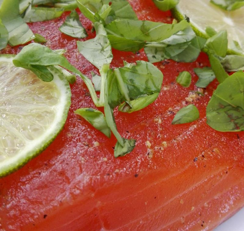 Salmon marinated with basil and lime 300g