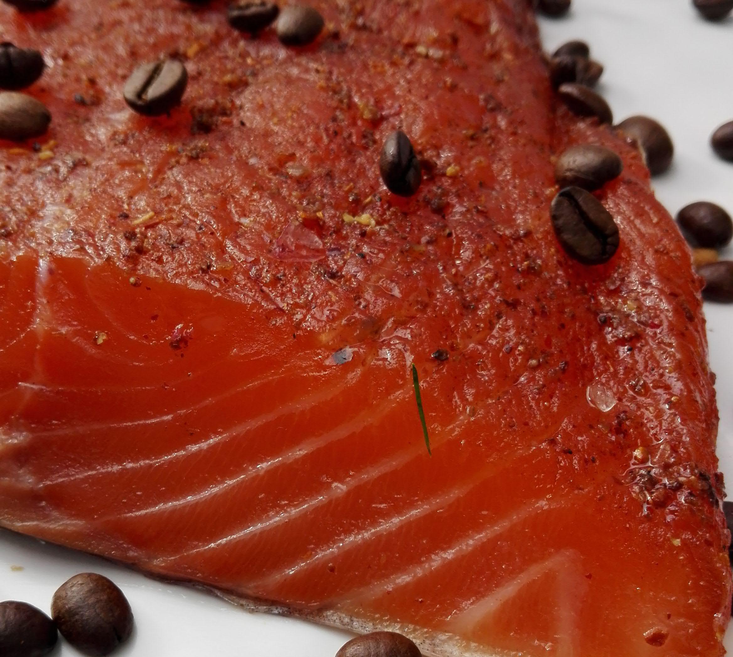 Graved Lachs Mit Gerösteten Kaffeebohnen Und Piment Online Kaufen