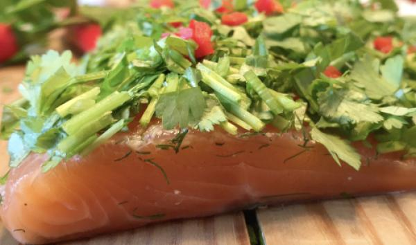 Graved salmon (marinated) AFRICA with coriander, mint and red chilli  1.1 kg