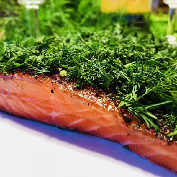 Graved-salmon--pickled-salmon--Nordic-Arctic-with-aquavit--nordic-spices-and-fresh-dill