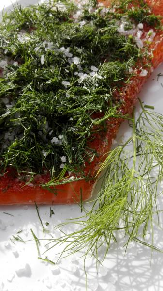 Salmon marinated with dill 300g